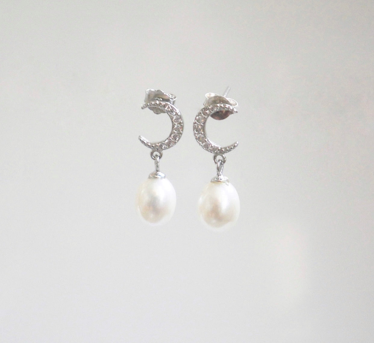 Luna Pearl Earrings.
