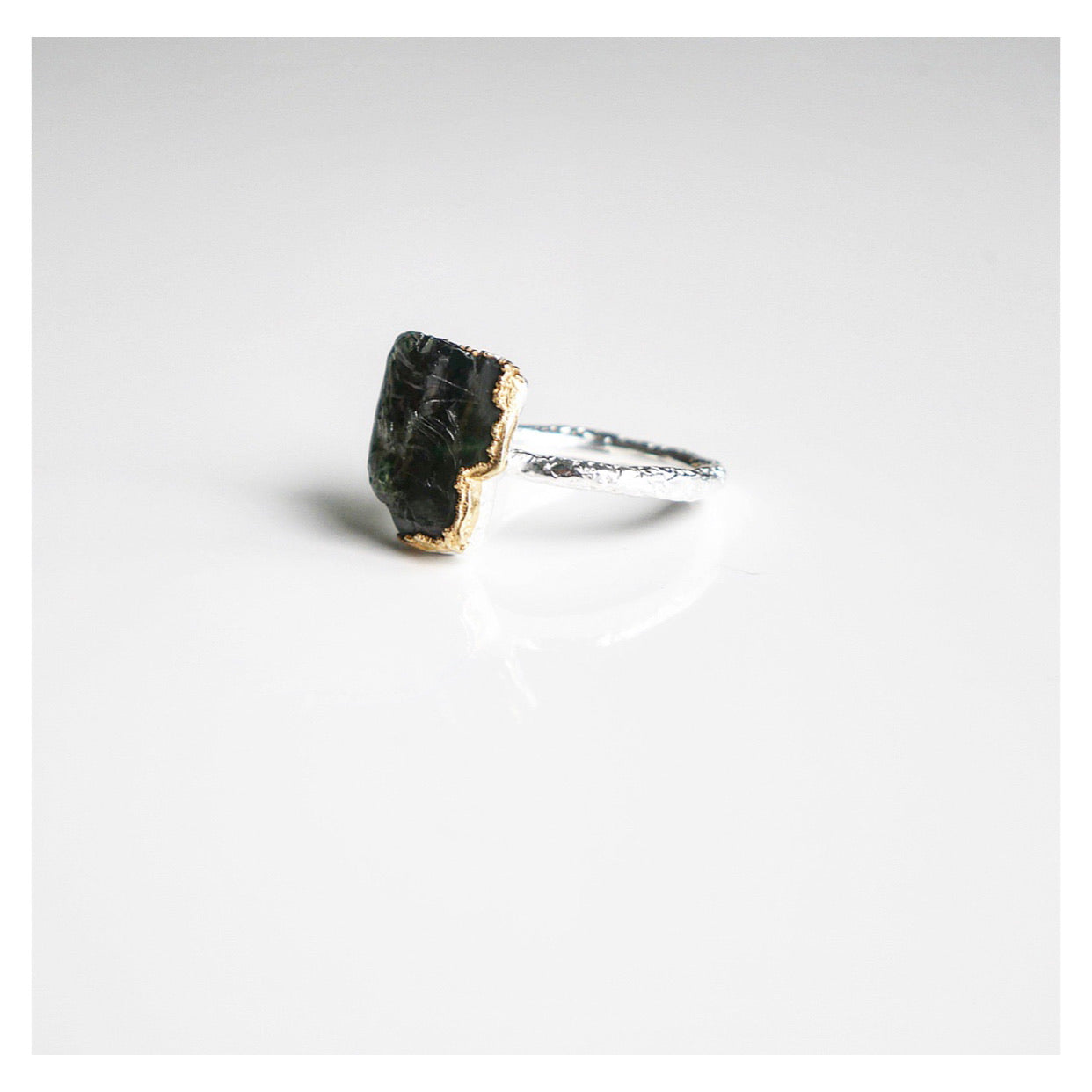 Cave of Gold Stone Ring