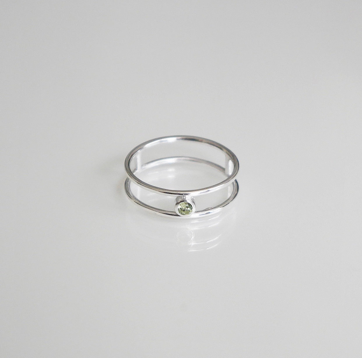 Peridot ring .925 sterling silver peridot ring genstone ring in sterling silver double wire ring with gemstone stack ring peridot stack ring