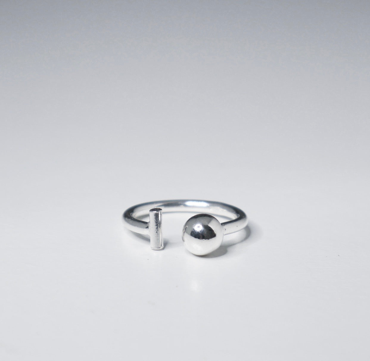 Ball Bar Ring