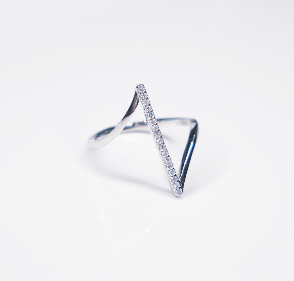 V Crystal Ring