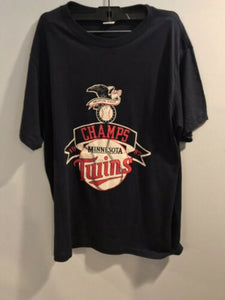 Vintage 1980s MINNESOTA TWINS 1987 WORLD SERIES Large T-Shirt