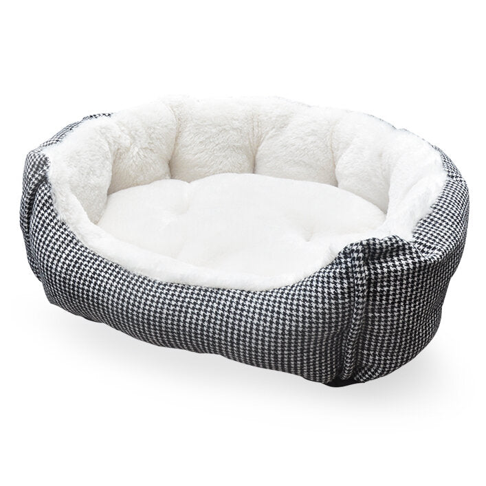 Houndstooth Pet Bed