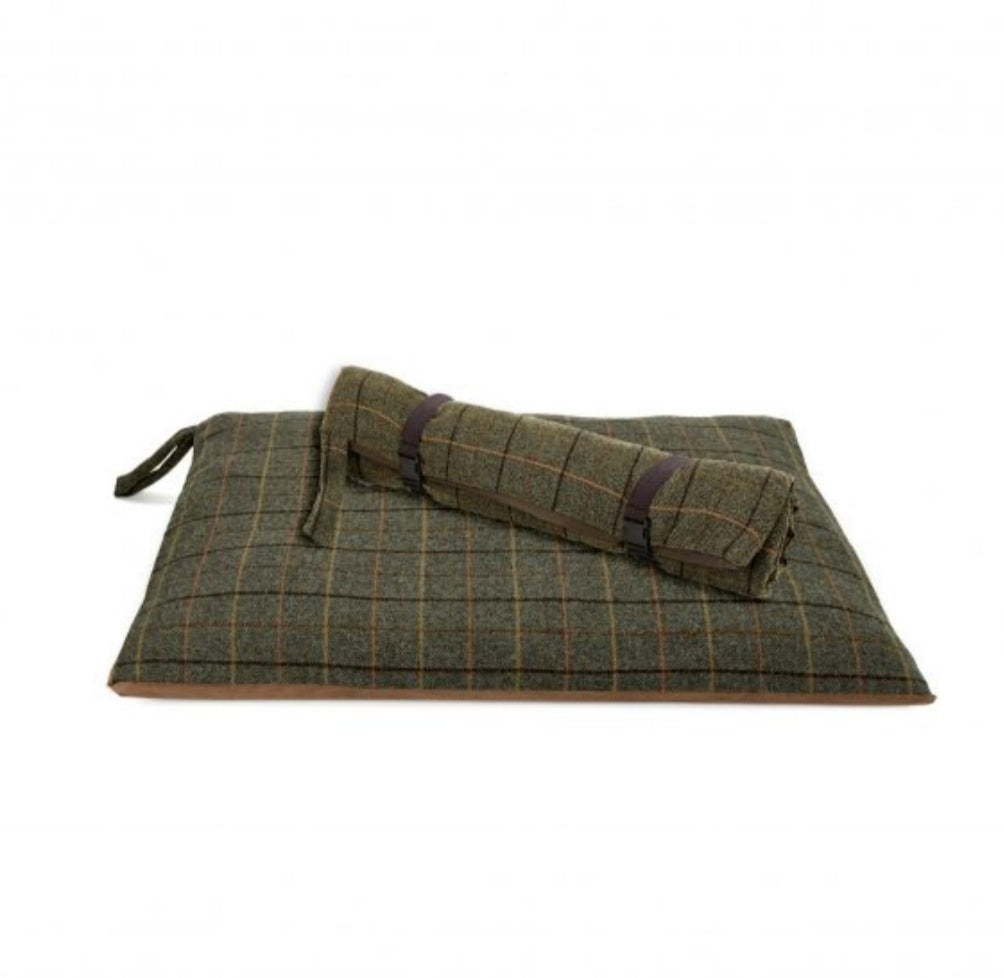 Tweed Travel Dog Bed - Waterproof Base