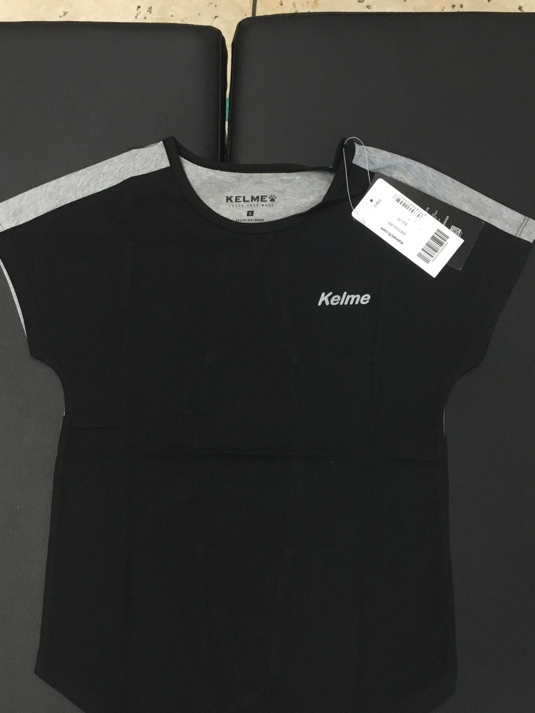 3682035-000 Women's T-Shirt \ Black