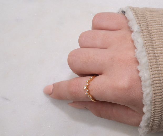 Jewellery hand model wearing simple elegant cz stong 18k gold plated ring