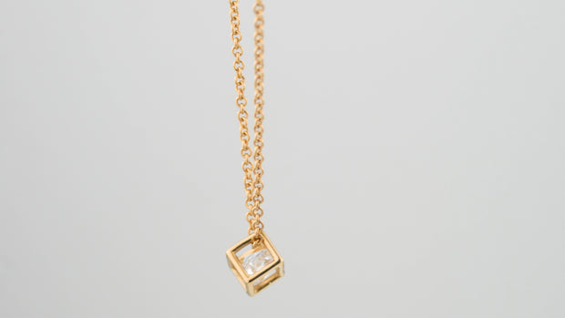 Icecube Necklace Gold