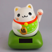 Solar Powered Maru Maru Happy Manekineko Green