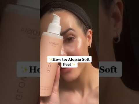 Load and play video in Gallery viewer, GLOW Exfoliating Soft Peel