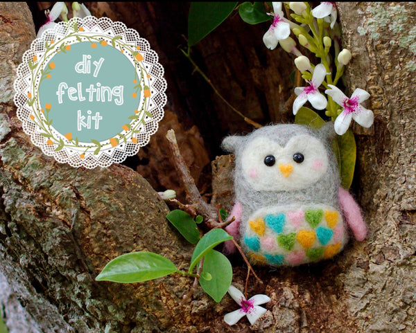 Sweetheart Owl Needle Felting Kit