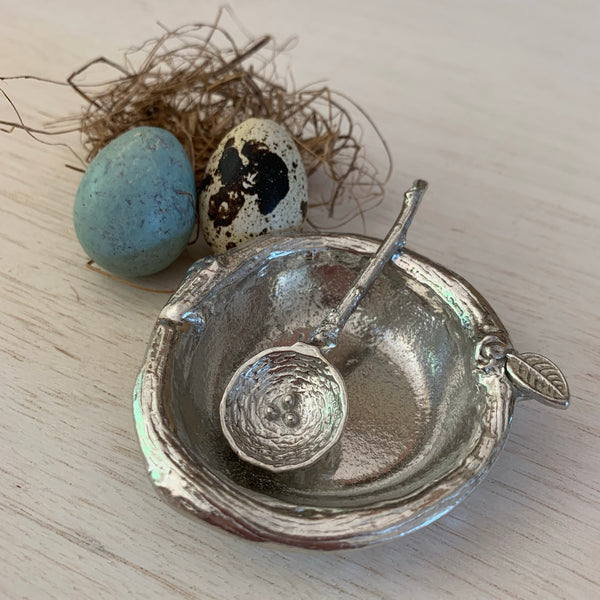Salt Dish with Nest Spoon - Juniper Earth