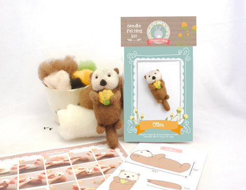 Sea Otter and Shell Needle Felting Kit