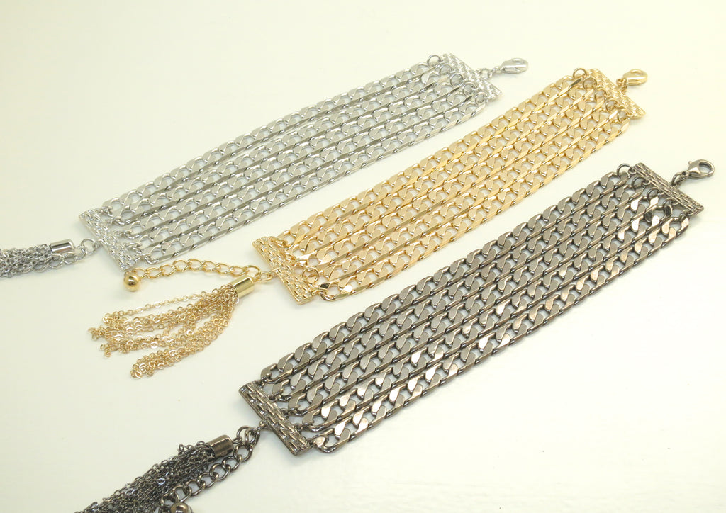 Five layer flat multichain bracelet