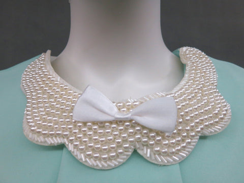 Beaded Collar with Bow