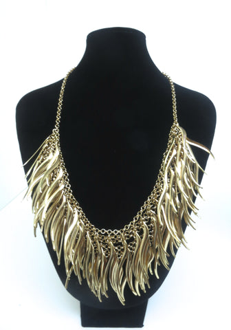 Wavy Fringe Necklace