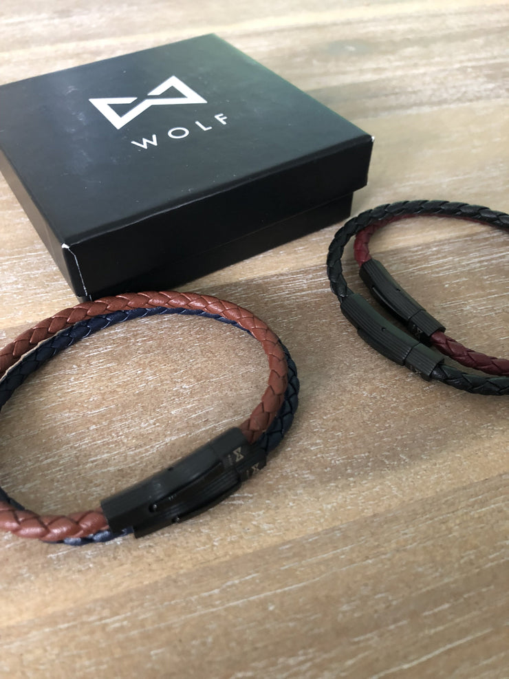 WOLF Men's Leather Bracelet (red) - Wolf Clothing Brand