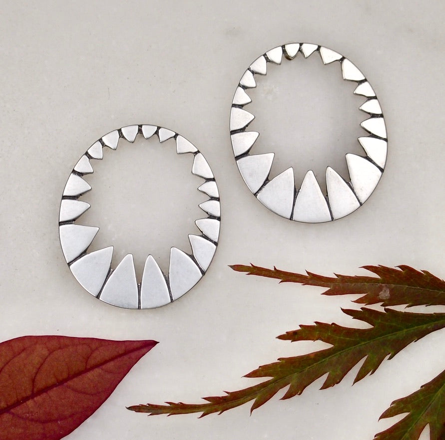Medium Stella Earrings