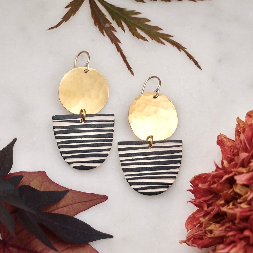 Ceramic and brass earrings - stripe