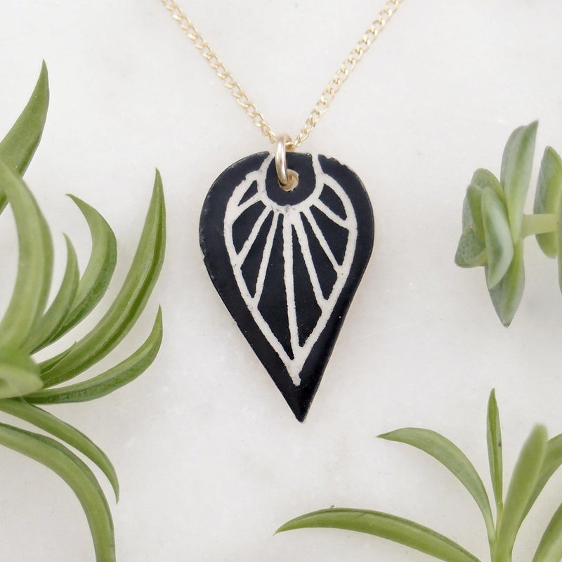 Burst Leaf Necklace