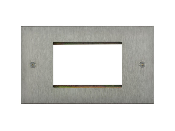 Focus SB True Edge 3 Module Euro Plate Satin Steel