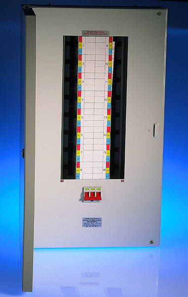 Wylex 20 Way 125A Meter Ready TPN Board excluding incomer
