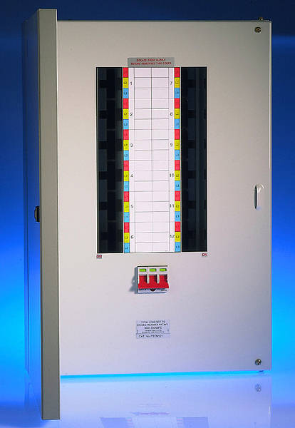 Wylex 8 Way 125A Meter Ready TPN Board excluding incomer