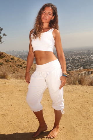 Image of Women's Yoga  Kung Fu Reg Capri Pants