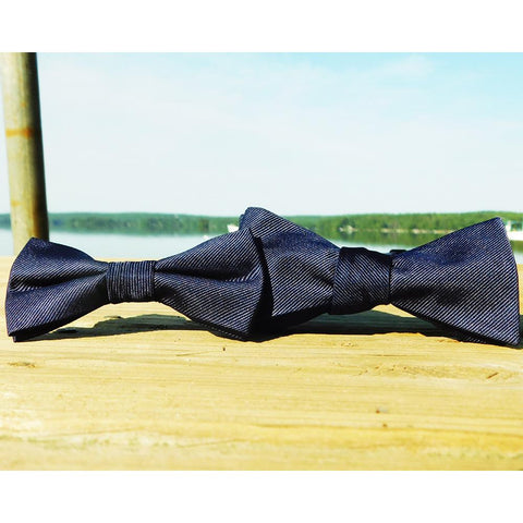 Image of Solid Color Bow Tie - Navy, Woven Silk, Kids Pre-Tied