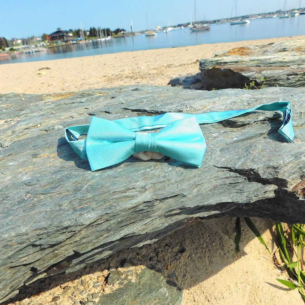 Solid Color Bow Tie - Light Green, Woven Silk, Kids Pre-Tied