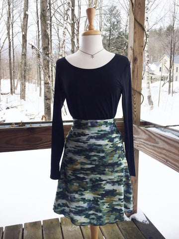 Reign Vermont Adventure Skirt in Camo