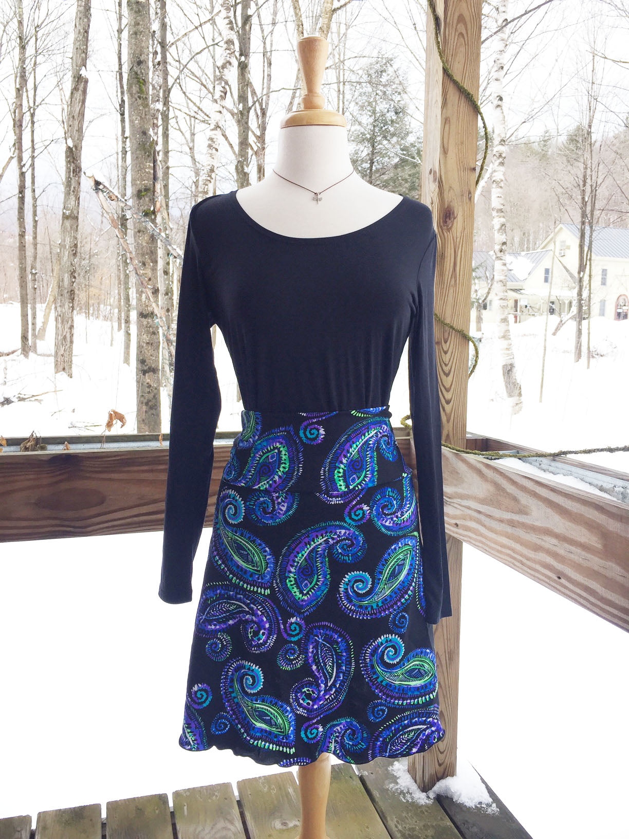 Reign Vermont Adventure Skirt in Paisley on Black