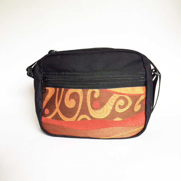 Derby Bag in Wave