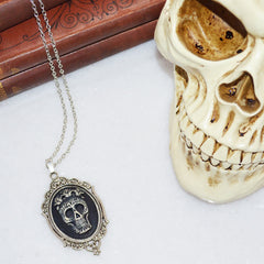 Mexican Sunrise Skull Necklace Silver
