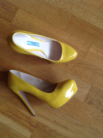 prada yellow platform pumps - size 37.5
