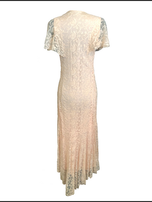 30s Peach Lace Dressing Gown 2 of 5