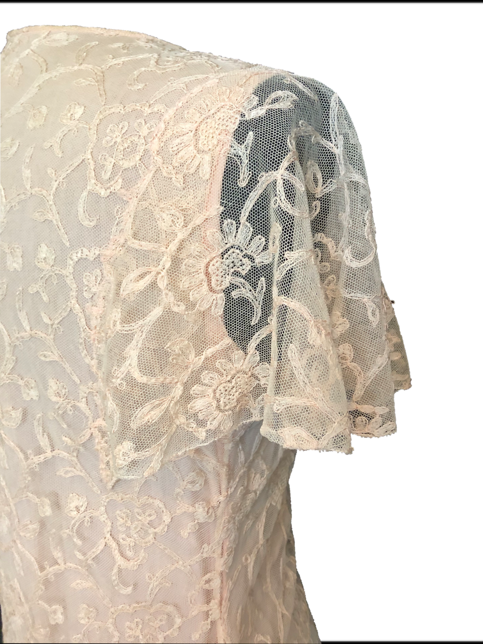 30s Peach Lace Dressing Gown 4 of 5