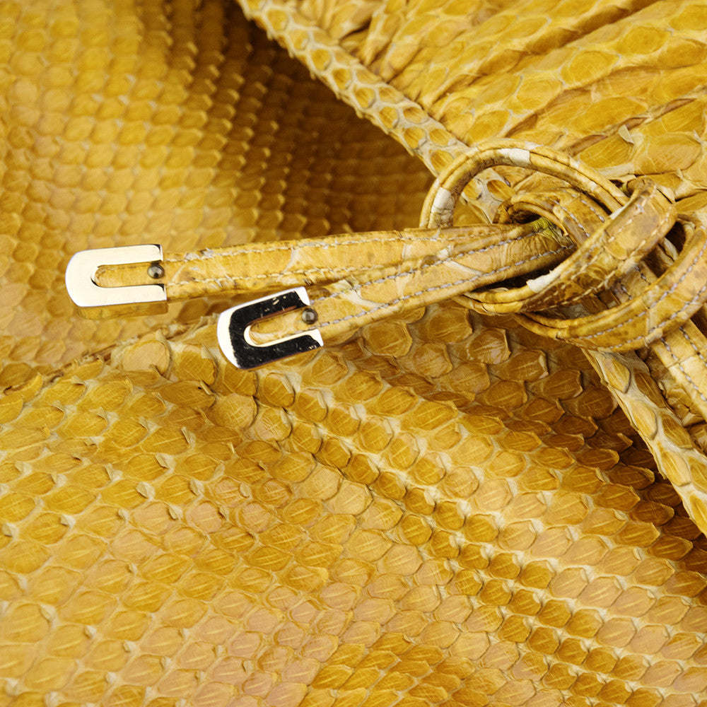 Vintage JUDITH LEIBER 70s Yellow Snakeskin Pouch, detail