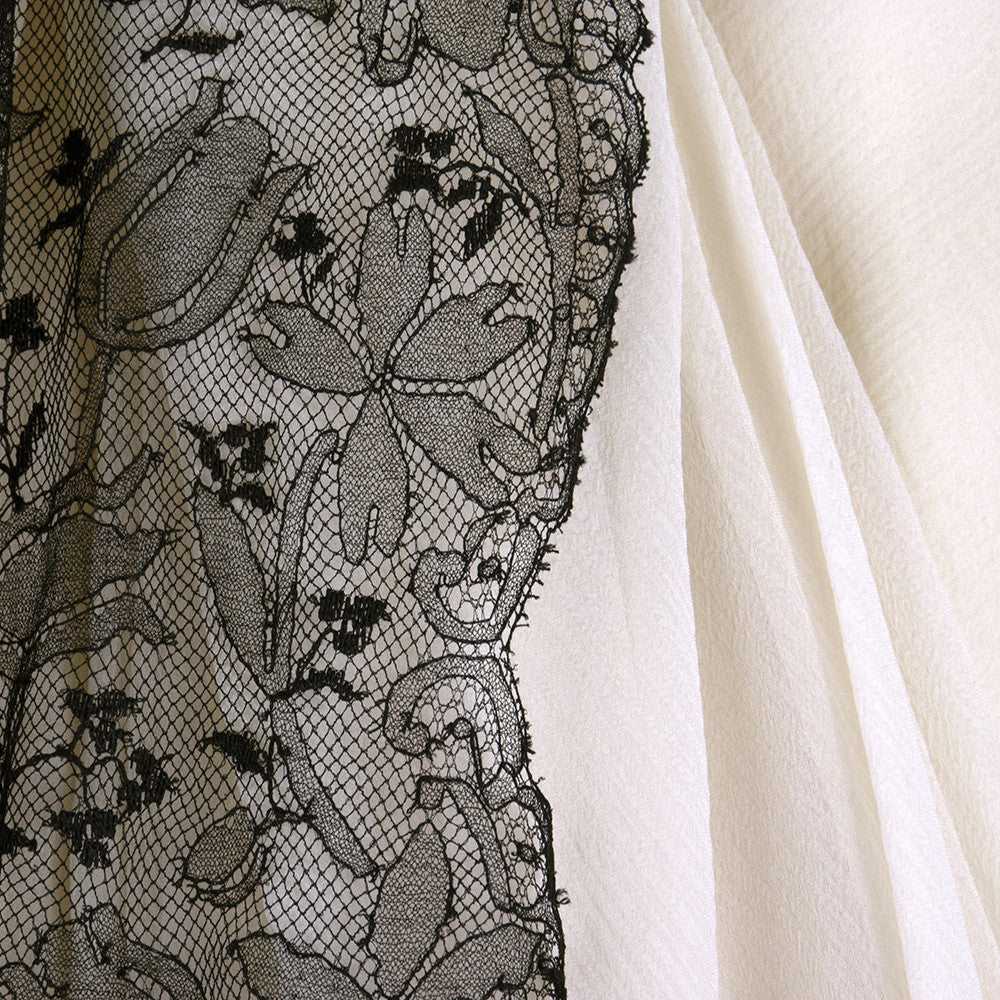 Vintage STAVROPOULOS 60s White Chiffon Gown, detail