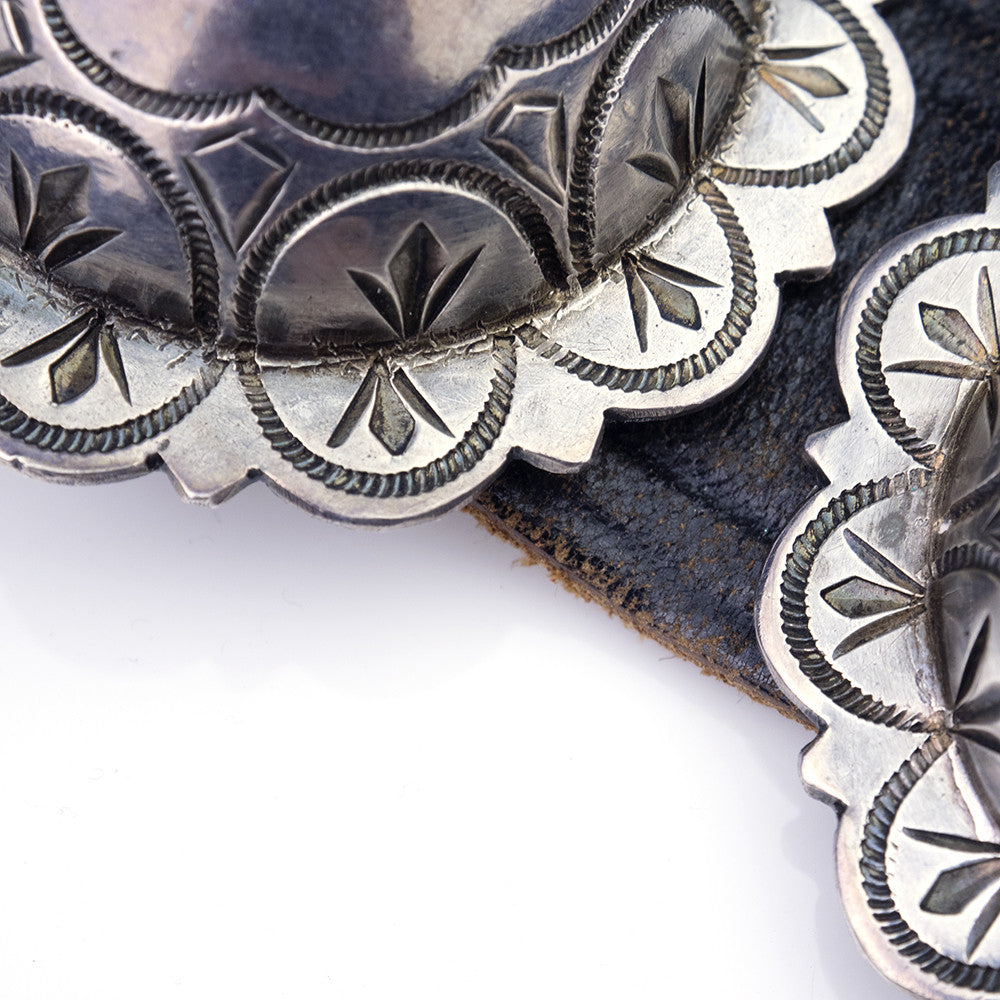 Vintage Native American Silver Conch Belt, detail 3