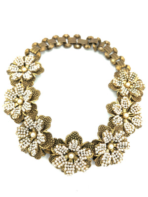 60s Pearl Flower Collar Necklace FRONT 1 of 3