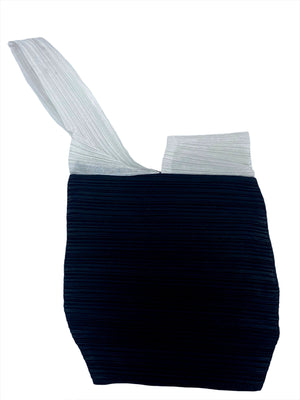 Issey Miyake 90s Black and White Pleated Purse OPEN 1 of 5