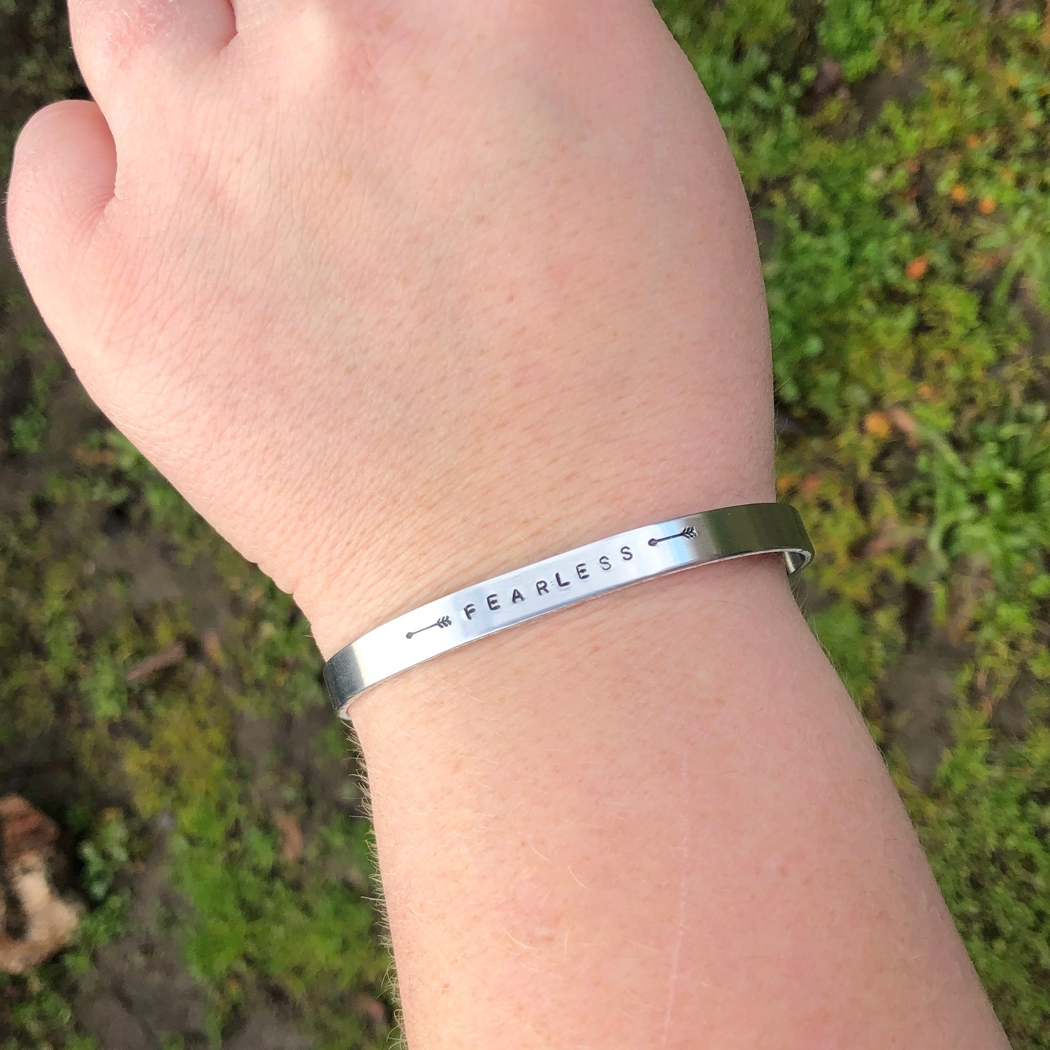 FEARLESS ARROW STAMPED BRACELET
