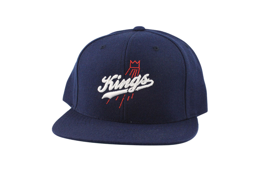 Kings Script (Navy Blue /White)