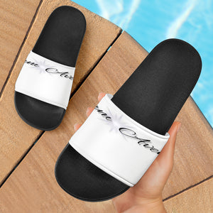 Glam Avenue Slides