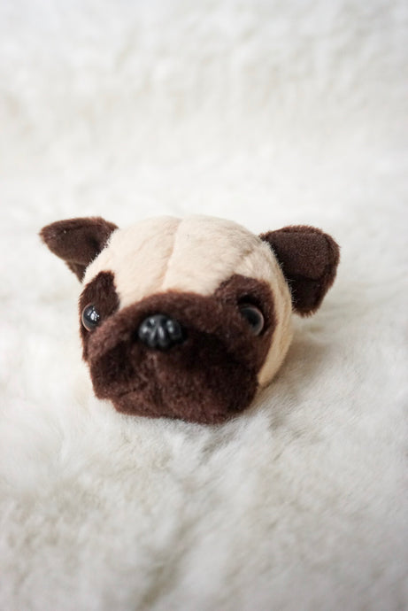 Pug head brooch