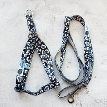 Load image into Gallery viewer, black and white leopard print dog harness and lead set