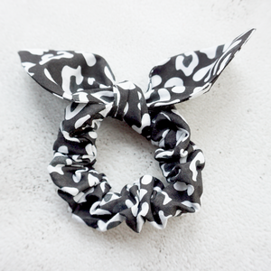 Black and white leopard scrunchie