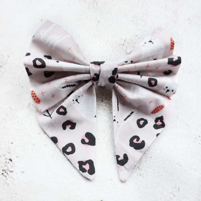 Wild bunnies Sailor Bow
