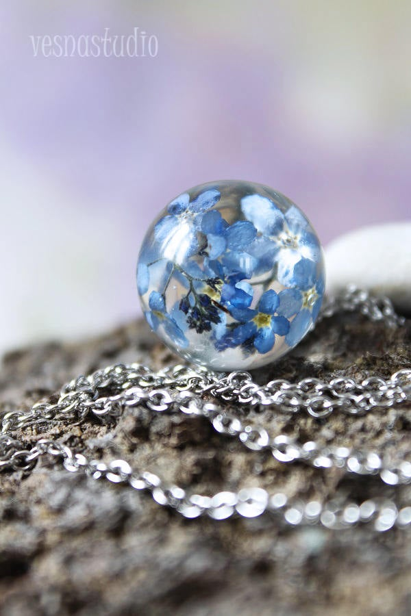 Forget-me-not Sphere Necklace