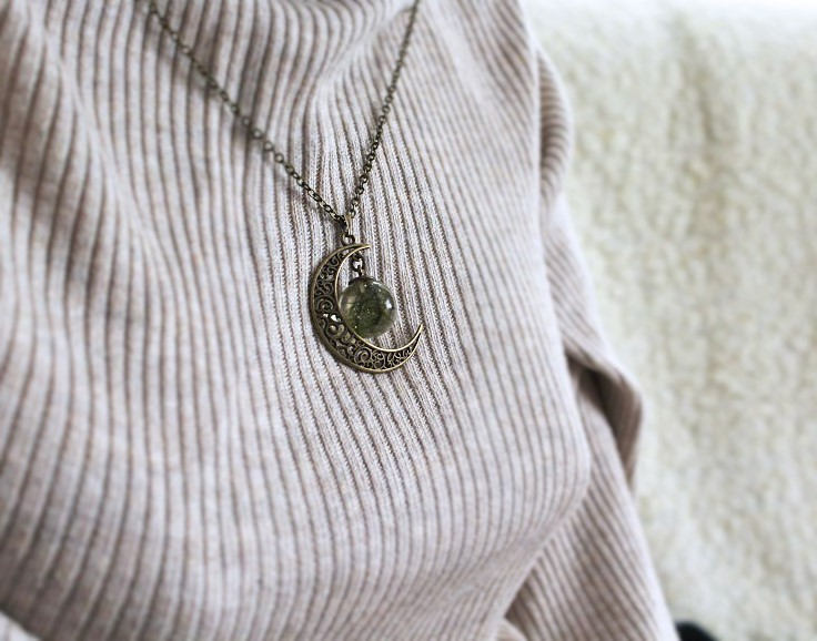 Moon Moss Necklace